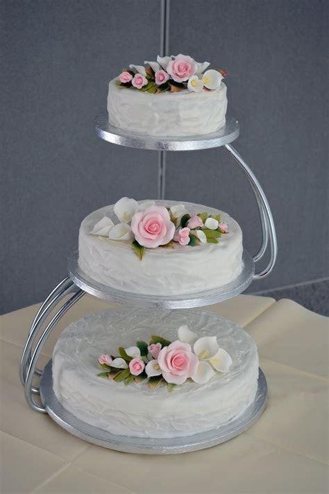 Best 25  Wedding cake stands ideas on Pinterest   Diy cake