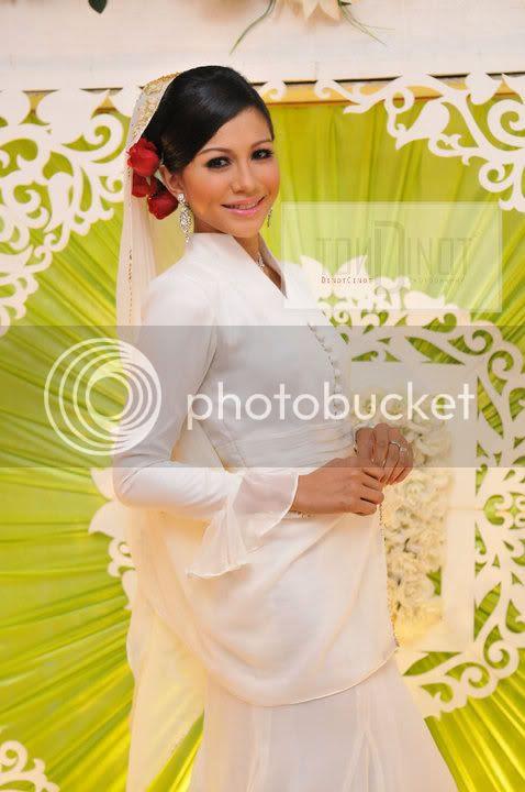 61510 154418144587927 100000592287275 395650 2517725 n (Gambar) Majlis Pertunangan Memey Suhaiza & Norman Hakim