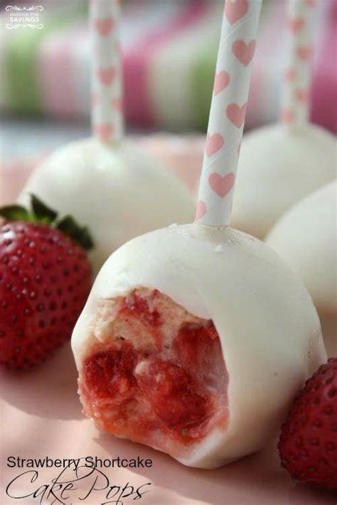 Strawberry Shortcake Cake Pops Recipe!