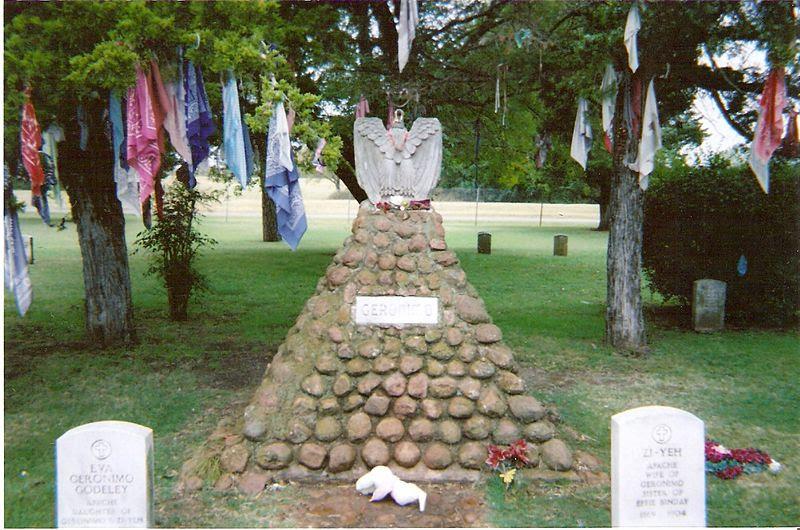 File:Geronimo's grave taken in 2005.jpg