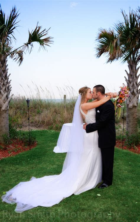 Wedding at the Hilton at Kingston Plantation