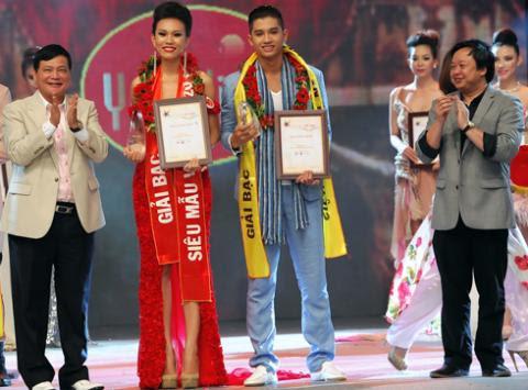Diệu Huyền - Minh Quân nhận giải Bạc.