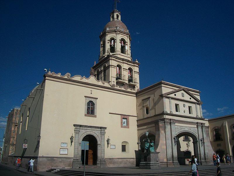 Archivo: Convento de la Cruz Querétaro.JPG