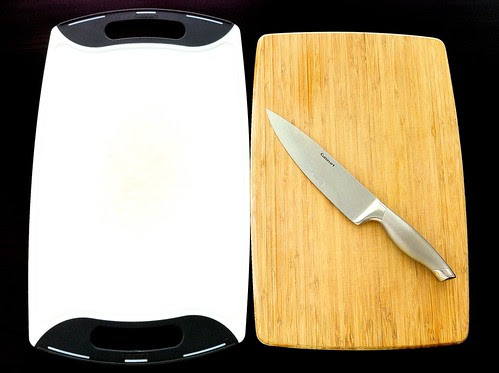 Wood and Plastic Cutting Boards