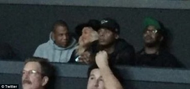 Night out:For the Vegas show the Crazy In Love singer wore a black hat over her blonde curls