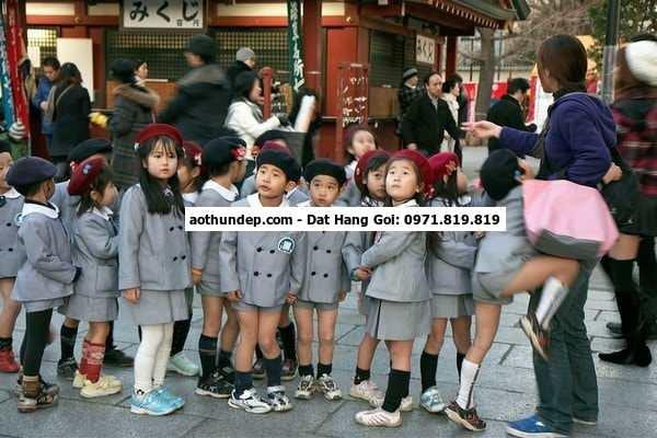 6 thg 9, 2016 - Trào lưu làm áo đồng phục cho các bạn học sinh, sinh viên rộ lên  phục được sử dụng cho toàn ,bộ học sinh, sin