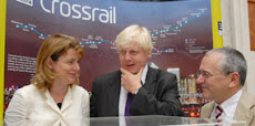Ruth Kelly, Boris Johnson and Peter Hendy pose ina Crossrail-peddling photo-opp... They look tense!