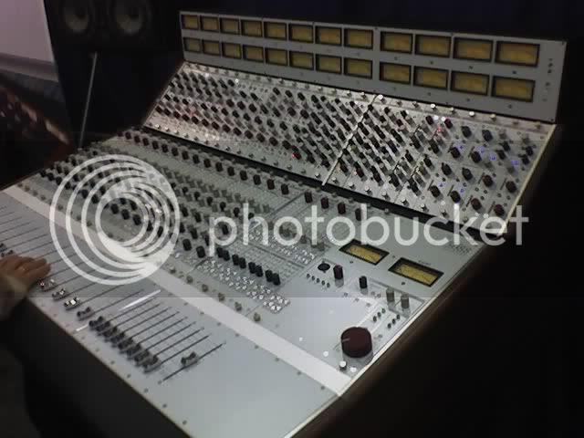 Rupert Neve 5088 Console