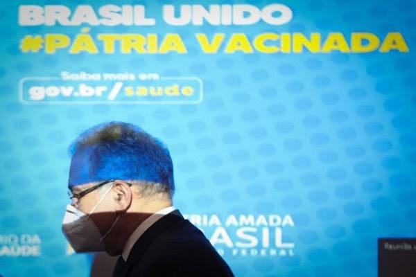 Saúde: Queiroga anuncia chegada de 4 milhões de doses via Covax