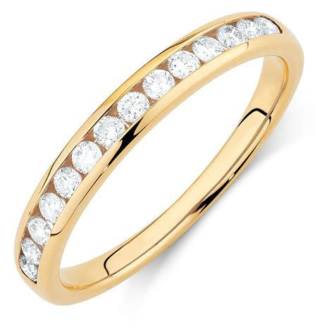 Wedding Band with 1/3 Carat TW of Diamonds in 14ct Yellow Gold