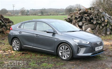 hyundai ioniq premium se review  cars uk