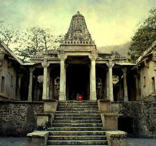 Buried Shiva temples found