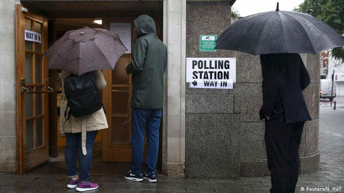 Großbritannien Brexit EU Referendum Wahllokal