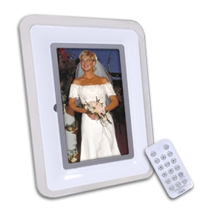 Buy The Coby Dp772 7 Photo Frame At Tigerdirectca