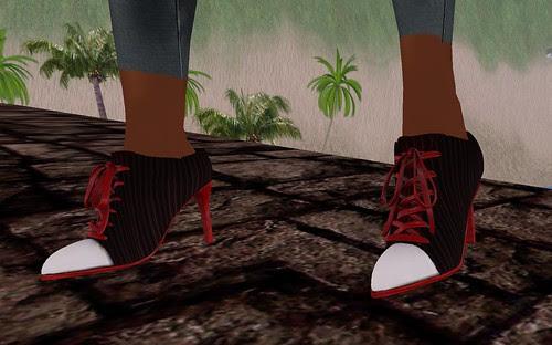 Extend a Helping Hand Kahli's Closet Sneaker Heels Nimmire January 28 2011