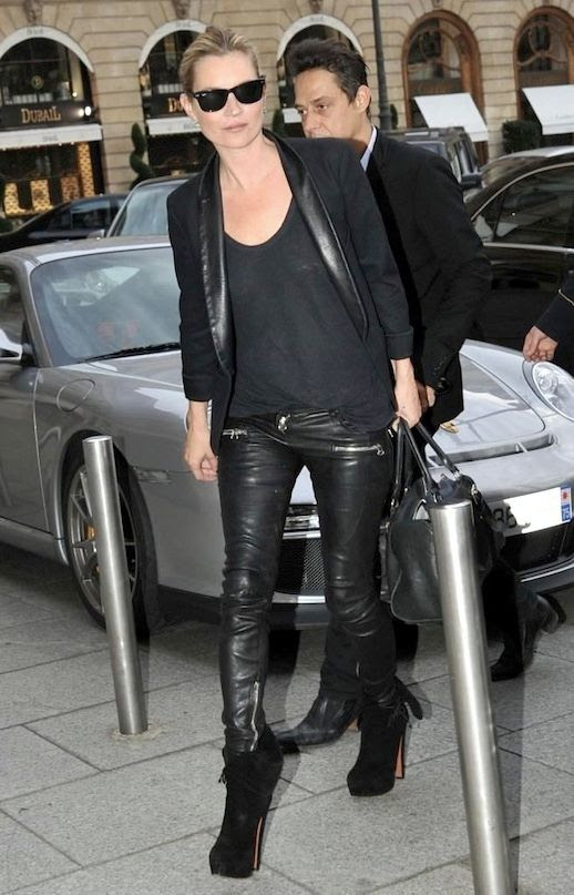 Le Fashion Blog -- How To Get Kate Moss Signature Off Duty Look -- Ray-Ban Wayfarer Sunglasses, Black Blazer, Leather Pants & Platform Boots -- Via Popsugar -- photo Le-Fashion-Blog-How-To-Get-Kate-Moss-Signature-Off-Duty-Look-Black-Blazer-Leather-Pants-Platform-BootsVia-Popsugar.jpg