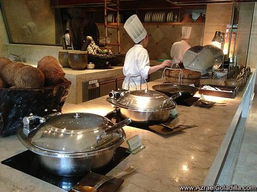 Escolta buffet resto in The Peninsula Manila - pics by Azrael Coladilla