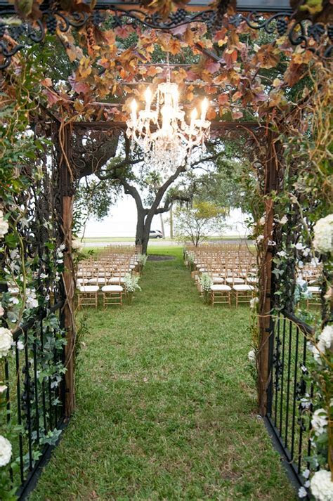 Tampa Garden Club: Secret Garden Inspired Wedding
