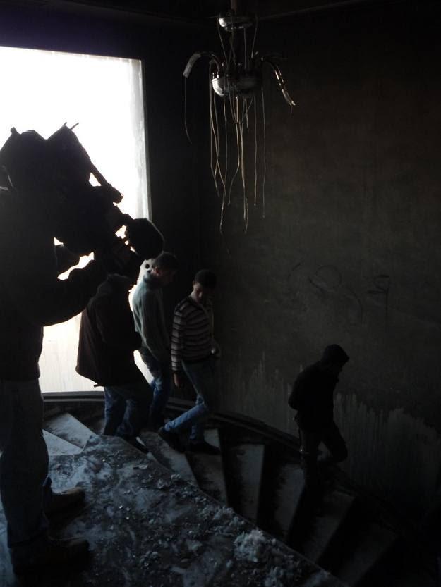 Rodando últimos saqueos en el palacio de Hammamet