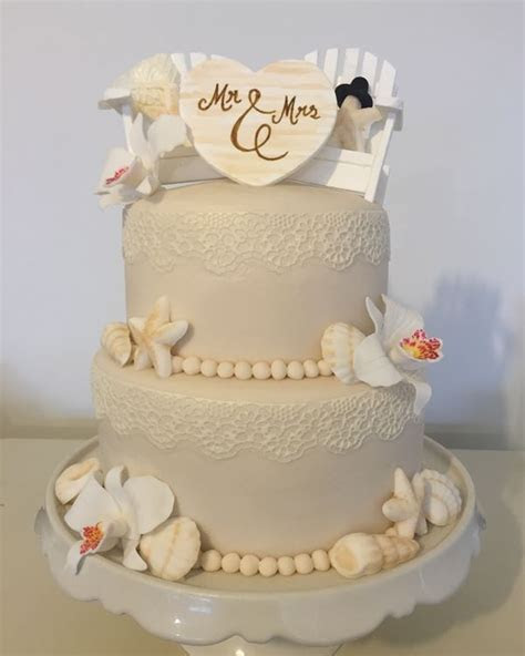 Elaine?s Cakes & Party Bakes   Wedding Cakes Cowes   Easy