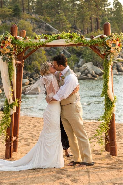 Round Hill Pines Beach Resort Weddings   Get Prices for