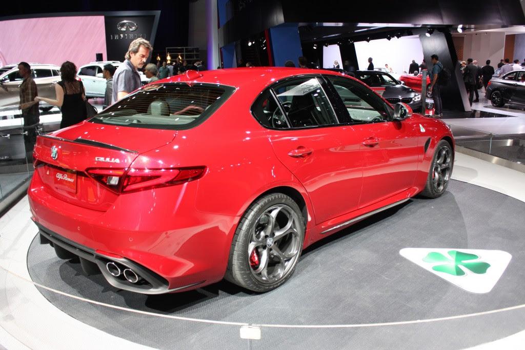 Image: 2017 Alfa Romeo Giulia Quadrifoglio, 2015 Los Angeles Auto Show, size: 1024 x 682, type