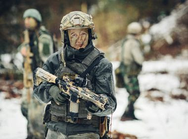 Mulheres agora podem treinar para ficar no front do exército