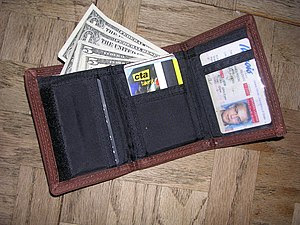 A picture of a wallet.