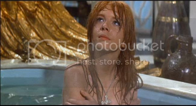 photo Jane_Asher_mort_rouge-1.jpg