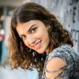 'Eu era uma garota de poucos e bons amigos', diz Giovanna Grigio, a Samantha de 'Malhação - Viva a Diferença', afirmando que não chegou a sofrer bullying