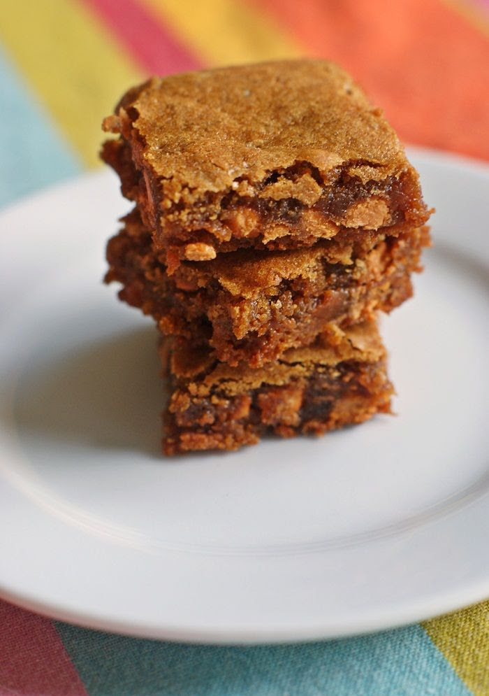 salted butterscotch blondies | bakeat350.net