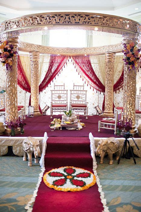 Indian Wedding: Smriti & JB   Indian Wedding Decor