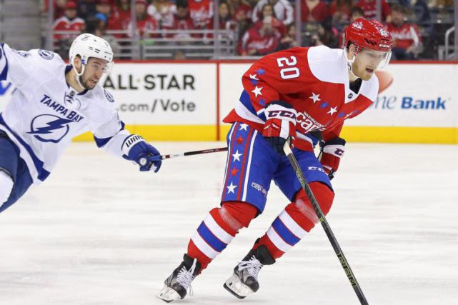 Lars Eller (20) disputera ce soir un premier... (Photo Geoff Burke, USA TODAY Sports)
