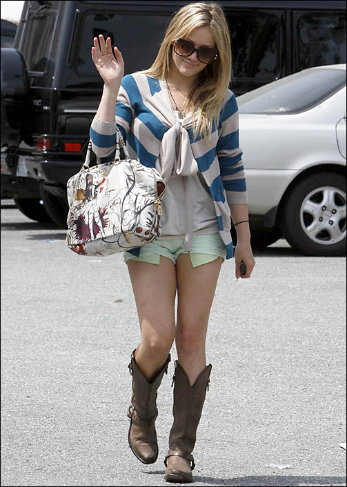 hilary duff cowboy boots and shorts