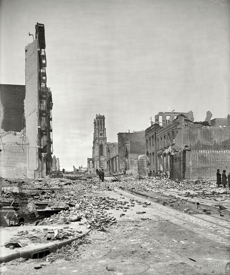 Sutter Street up from Grant Avenue After the Earthquake,San Francisco 1906