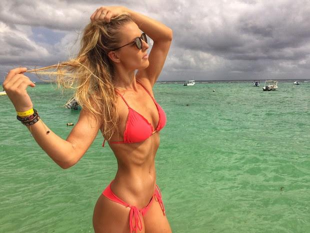 Ju Valcézia de férias em Cancún (Foto: Reprodução/Arquivo Pessoal)