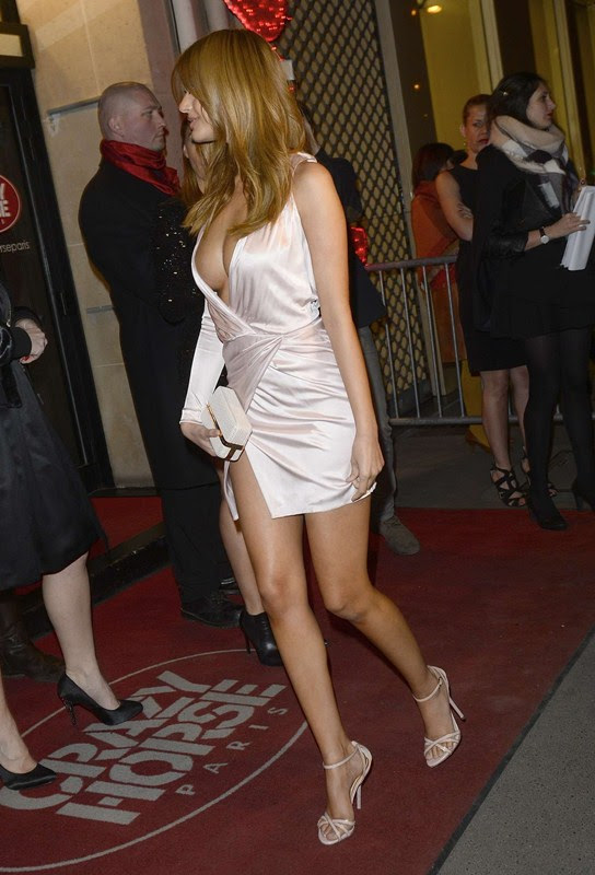 Zahia-Dehar-Without-Underwear-Paris-Kanoni-2