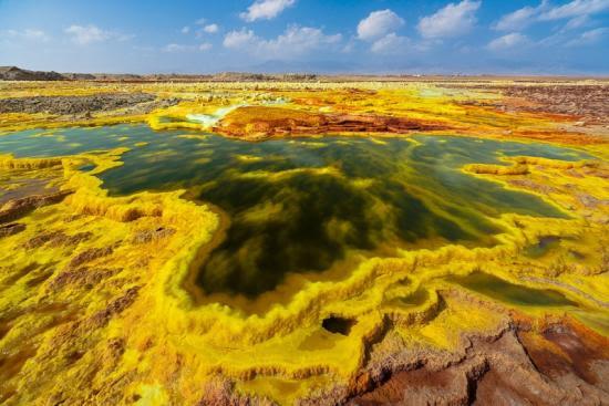 вулкан даллол фото 6 (550x367, 42Kb)
