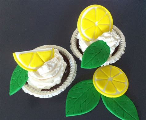 Fondant Lemon Slices and Leaves for Cupcake and Cake