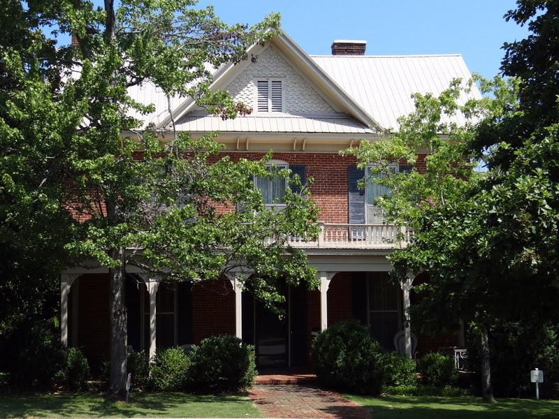 File:Fleetwood Home, c.1892.jpg