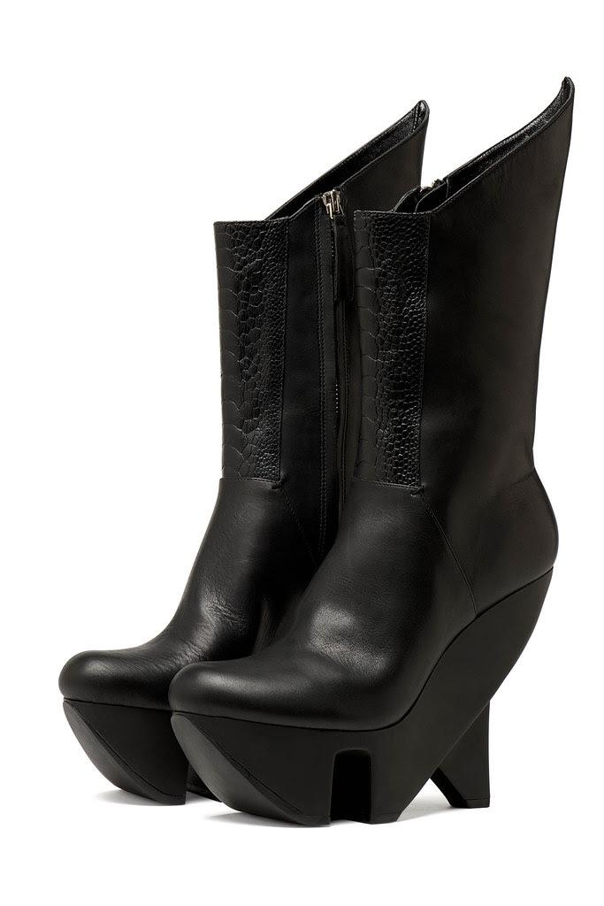 AW12015_1 pair