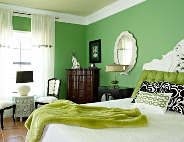 kelly grn bedroom