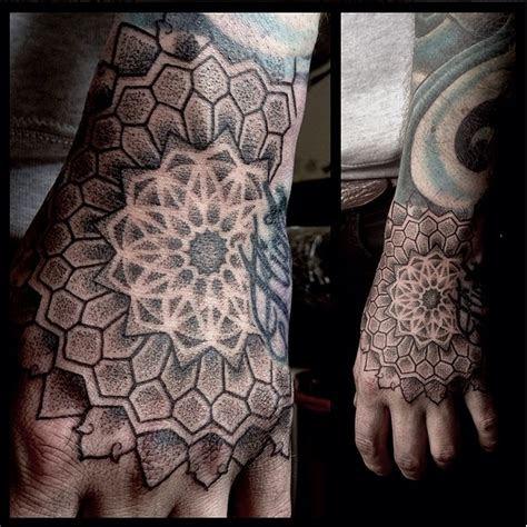 amazing geometric dotwork hand tattoos tattoodo