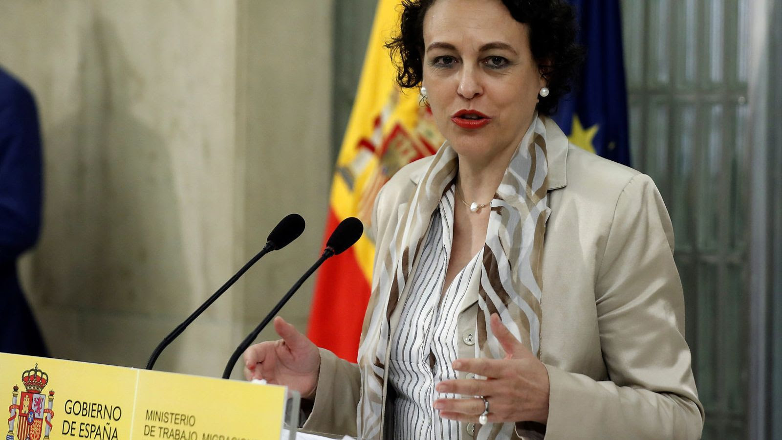 The Catalan Government and the unions pressurize the PSOE to reverse the labor reform
