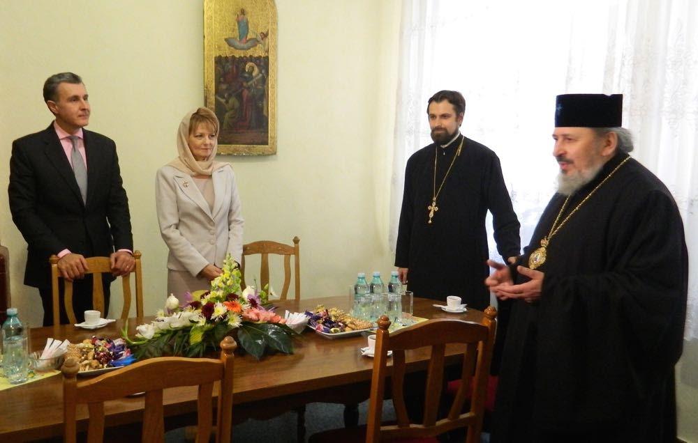 Principesa Moștenitoare Margareta și Principele Radu sărbătoresc Noaptea Învierii la Chișinău