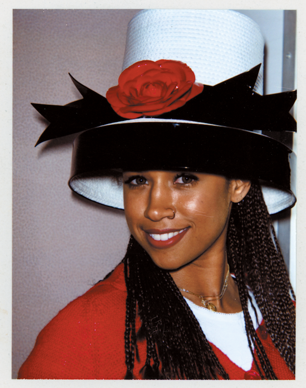 Le Fashion Blog Clueless Movie Film Dionne Stacey Dash 20 Anniversary Book As If Amy Heckerling Behind The Scenes Polaroids Big Hat