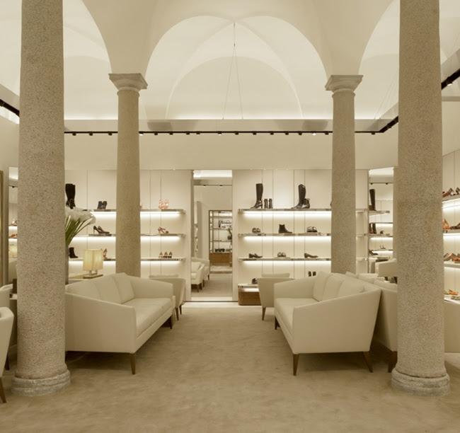 4 Salvatore Ferragamo Boutique Donna Milano