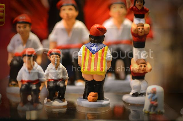 Catalan caganer with stelada [enlarge]