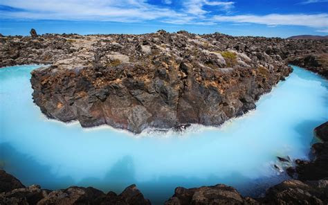 blue lagoon quarry  horseshoe pass united kingdom