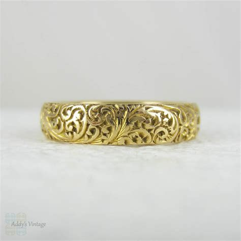 Antique Engraved 18 Carat Yellow Gold Wedding Band, Fully